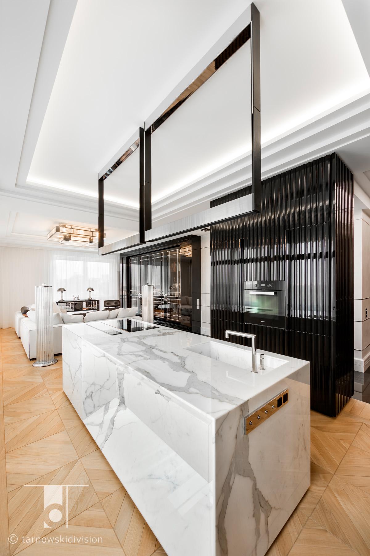 ekskluzywna kuchnia luksusowa kamienna wyspa kuchenna z kamienia aranżacja kuchni marble kitchen island design_tarnowski division