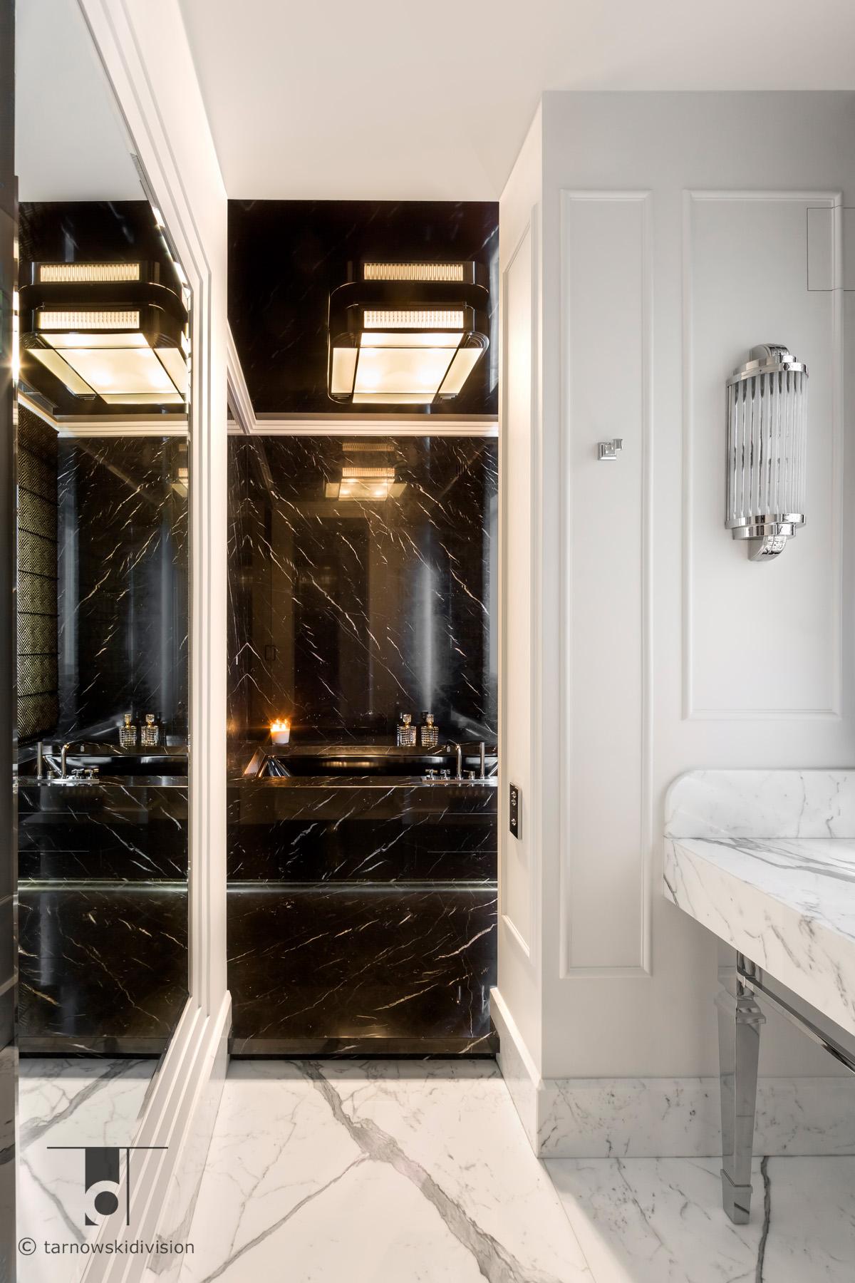 klasyczna łazienka blat z marmuru luksusowy salon kąpielowy classic marble bathroom interior_tarnowski division